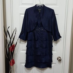 Beautiful Cocktail Tier Dress 2pc size 10